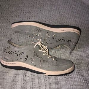 Jambu Blue Gray Suede Bloom-Too Shoes